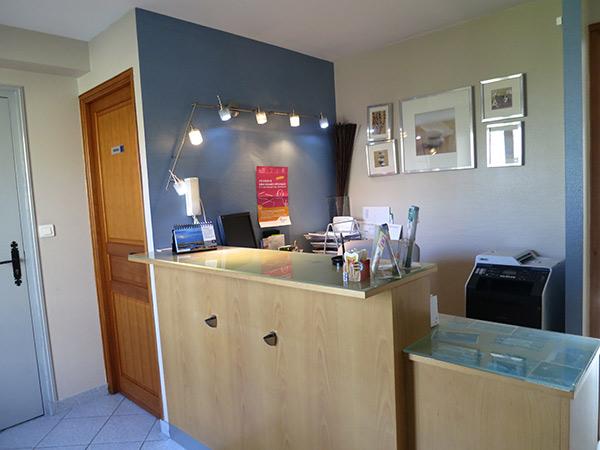 cabinet dentaire montevrain. Black Bedroom Furniture Sets. Home Design Ideas